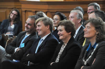 From left to right: MARE-director Maarten Bavinck, HRH the Prince of Orange, rector magnificus Dymph van den Boom and municipal councillor Caroline Gehrels
